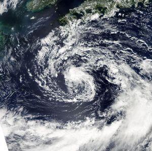 602px-Tropical_Storm_Roke_Sept_15_2011_0425Z