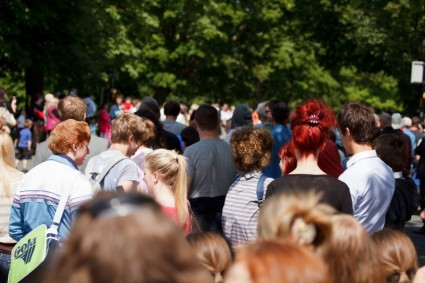 crowd_of_people_205778